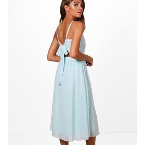 Boohoo tie back midi dress. Size 4